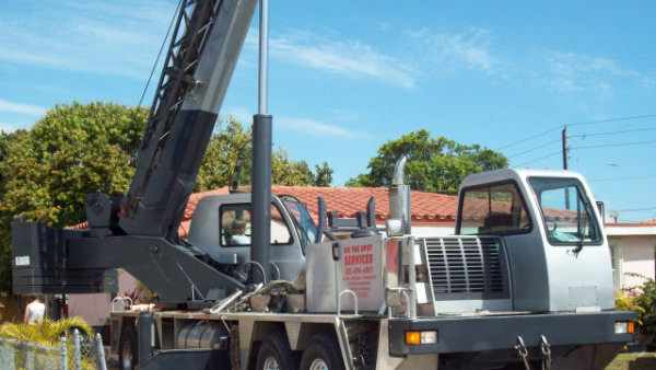 Crane Service Hialeah: Boom Truck Crane Rentals Miami-Dade